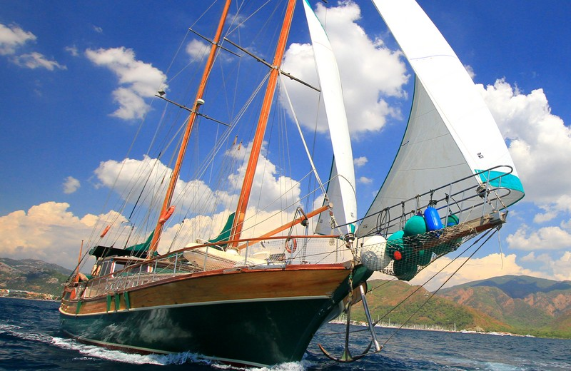 Shared yacht charters in Greece
