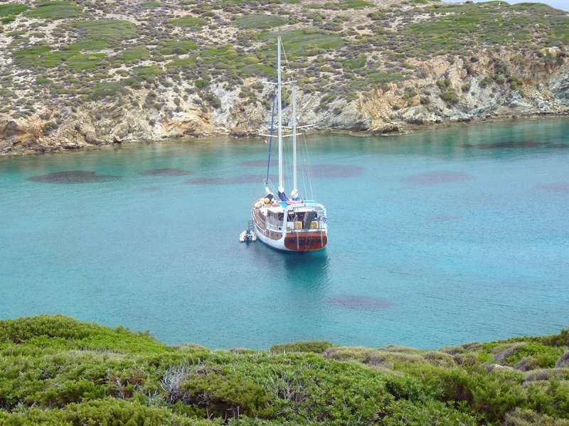 Sailing Greek island coves