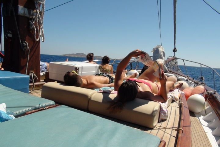 A day on a Greek yacht charter